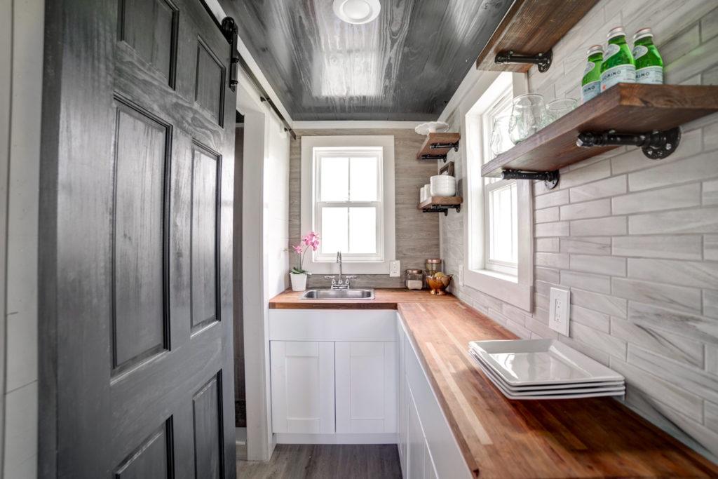Tiny House Air B&B Rental Property - Tampa Bay Tiny Homes