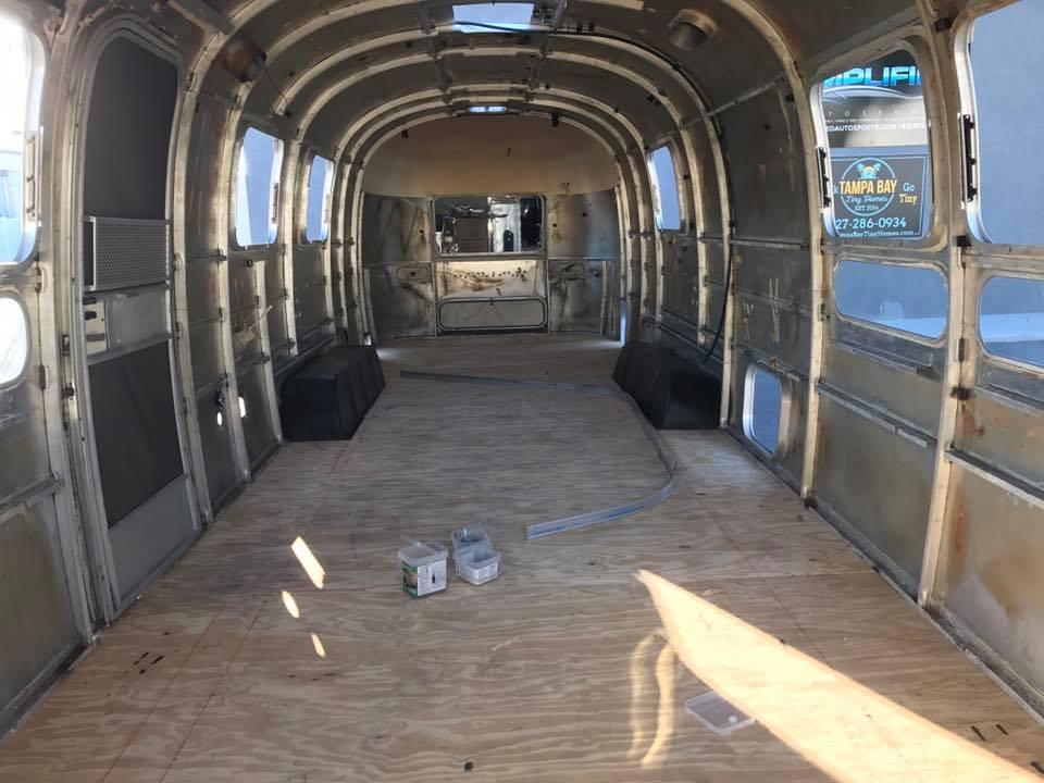 Gulfstream Floor In - Renovation Florida